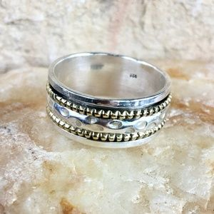 Other - NEW Hand-hammered sterling spinner ring